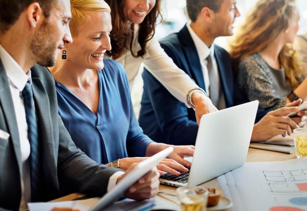 As tecnologias auxiliam na construção da comunicação interna