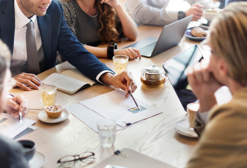 As videoconferências auxiliam a otimizar a comunicação empresarial